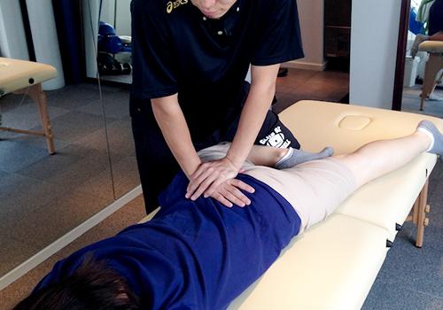 ストレッチを併用したマッサージ、骨盤調整&トレーニング